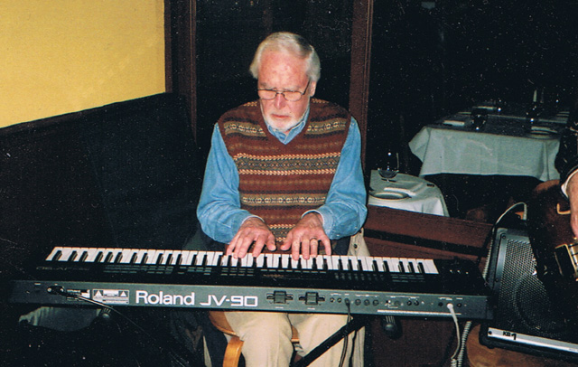Dave Venn on Roland Piano